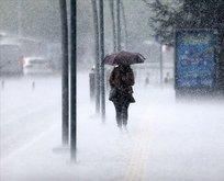 Meteoroloji saat verdi: İstanbul için sağanak uyarısı!