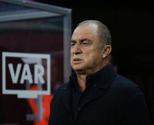 Başakşehir mağlubiyeti sonrası Galatasaray taraftarı isyan etti! ''İstifa et Fatih Terim''