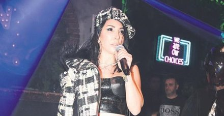 Hande Yener, Demet Akalın'la barışmalarının reklam olduğu iddiasını yalanladı!