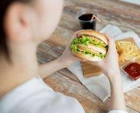 Hamburger-kebap bağırsaklar harap