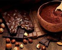 Ekmek yoksa çikolata yiyin