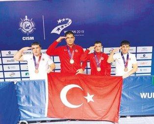 Taha Akgül Çin'de altın madalyanın sahibi