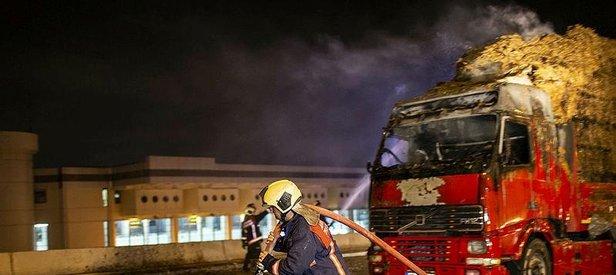 Son dakika: Ankara'da saman yüklü kamyon alev alev yandı
