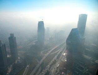 İstanbul'da yoğun sis hayatı olumsuz etkiledi! Sis etkileyici görüntüler oluşturdu