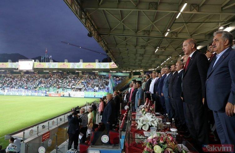Başkan Erdoğan, Rize'de maç izledi