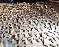 Toprağa gömülü çok sayıda silah bulundu!