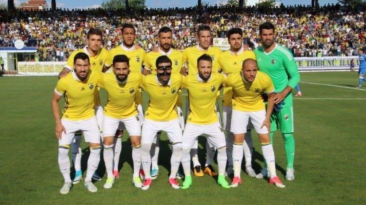 En çok yabancı futbolcu oynatan kulüp