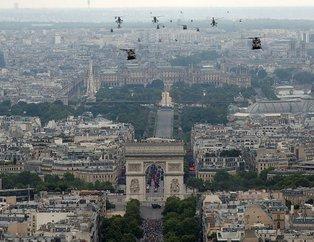 Fransa'da dikkat çeken görüntü! Onlarca helikopter aynı anda havalandı
