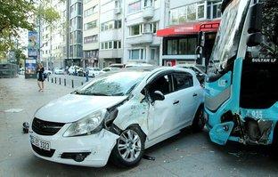 Kontrolden çıkan özel halk otobüsü korku saçtı