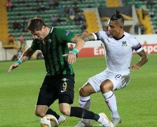 Akhisarspor ilk maçında üzdü!