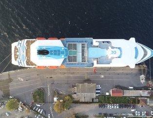 İstanbul'a bir kruvaziyer daha yanaştı! 9 katlı lüks gemi Sarayburnu'nda