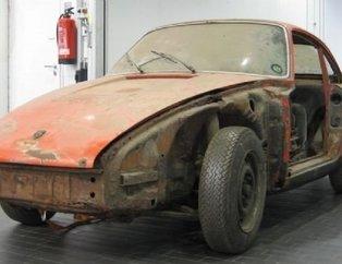 Efsane kasa Porsche 911'i öyle bir hale getirdi ki... Üç yıl süren restorasyonun ardından...