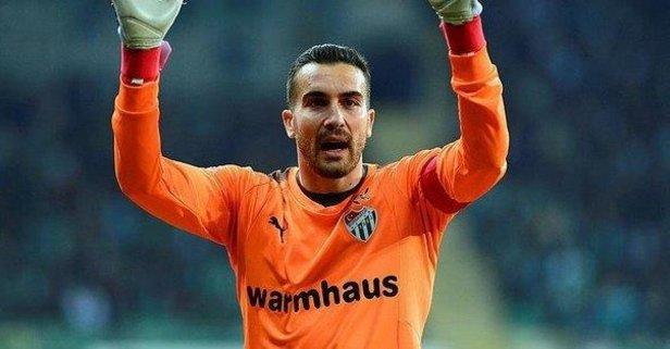 Fenerbahçe milli kaleci transferini bitirmek üzere!