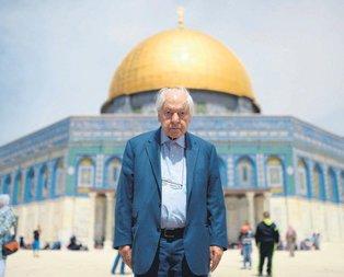 Kudüs şairine veda
