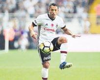 Adriano yeni görevinden çok memnun