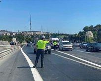 Trafik polisleri araçları tek tek durdurdu!