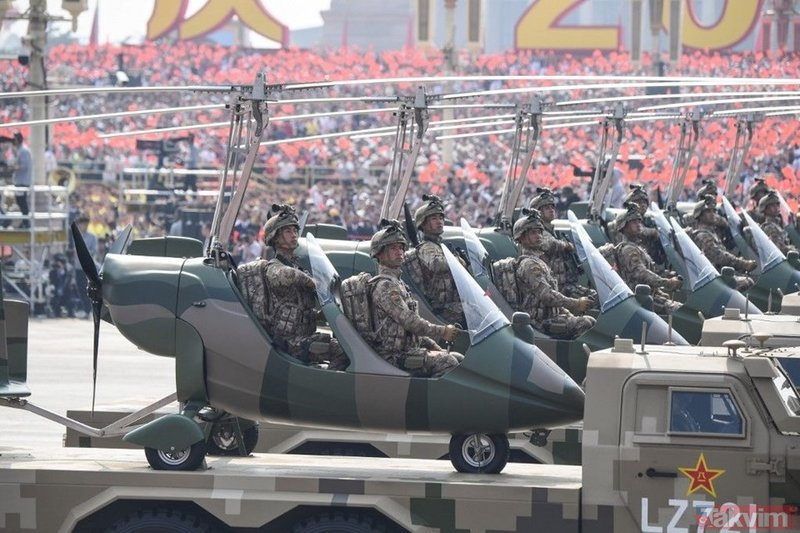 Çin'in 70'inci yıl kutlamaları şova, dönüştü, ne var ne yok sergiledi! Nükleer ve hipersonik füzelerle gözdağı verdi