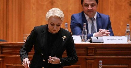 Romanya'da Viorica Dancila'nın kurduğu hükümet düştü
