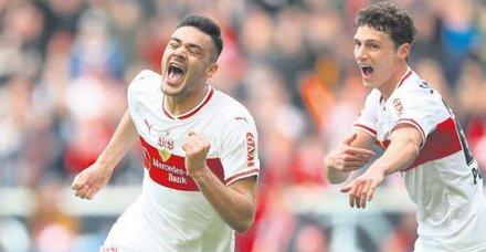 Ozan Kabak Schalke'de