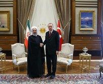İran lideri Ruhani Külliye'de