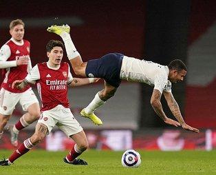 Manchester City, Arsenal'i Sterling sayesinde devirdi