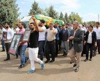 HDP'liler çatışmada öldürülen teröristin cenazesinde