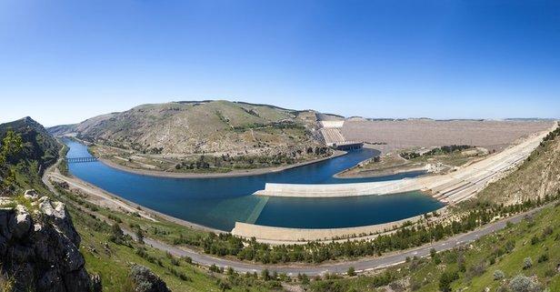 Türkiye'nin en büyük baraj gölünün adı nedir?