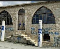 Ersin Tatar'dan Rumların camiye saldırmasına sert tepki