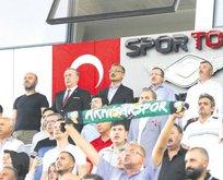 Cengiz: UEFA 2024'ü Türkiye'ye vermeli