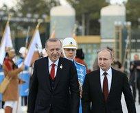 Putin'den Türkiye'ye övgü, Batı'ya eleştiri