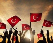 Atatürk silinmiyor, cemaatler kapatılmıyor!