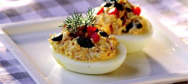 Ton Balıklı Yumurta Dolması Tarifi