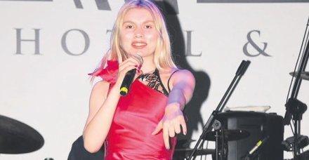 Aleyna Tilki'ye Erol Evgin'den övgü
