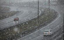 Kar yağışı ulaşımı vurdu! Ankara yönüne trafik durdu