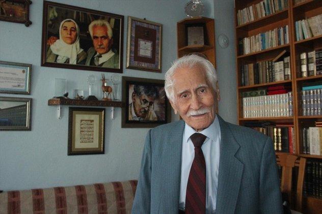 Türk edebiyatı Dede Korkutunu yitirdi