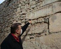 Duvardan çıktı! Tam 500 yıllık