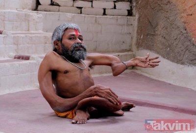 Hintli rahip Bharat Tiwarinin kemikleri bükülüyor!