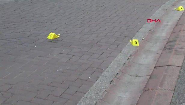 Zeytinburnu'nda silahlı kavga: Yoldan geçen 2 kişi yaralandı
