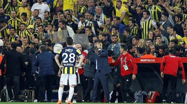 Fenerbahçe - Beşiktaş derbisi nasıl devam edecek ?