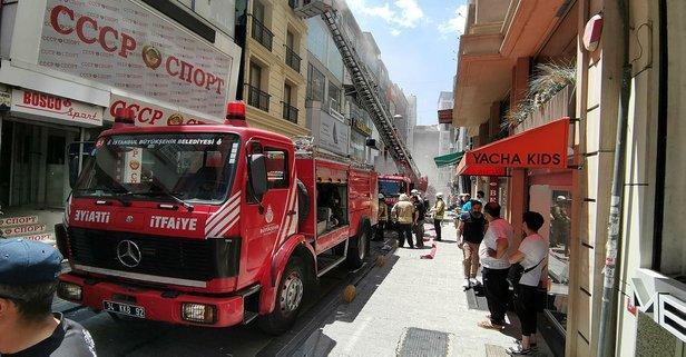 Fatih'teki bir otelde yangın!