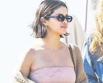 Selena arınıyor