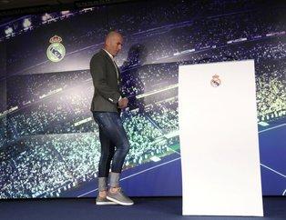 Real Madrid'in yeni hocası Zinedine Zidane imza törenine damga vurdu