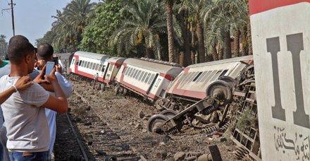 Demokratik Kongo Cumhuriyetinde korkunç kaza! Tren raydan çıktı en az 40 ölü var