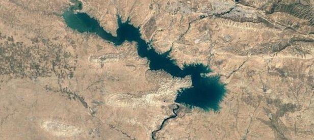 Zafer ilan ettiler! Barzani'nin çetesi gömüldü