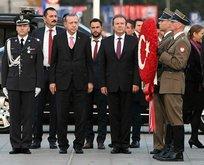 Cumhurbaşkanı Erdoğan, Meçhul Asker Anıtına çelenk bıraktı