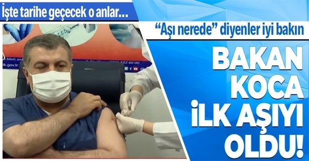 Bakan Koca canlı yayında aşı yaptırdı!