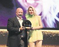 Ödülleri Tilki kaptı