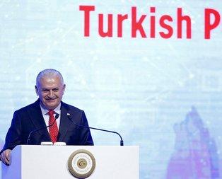 Başbakan Yıldırımın anısı salonu kahkahaya boğdu