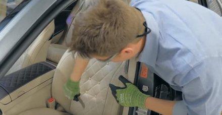 Mercedes'in koltuğunu kesip biçti! İçinden bakın neler çıktı