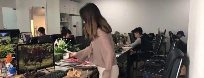 Ofiste yaptığıyla herkesi şaşırttı